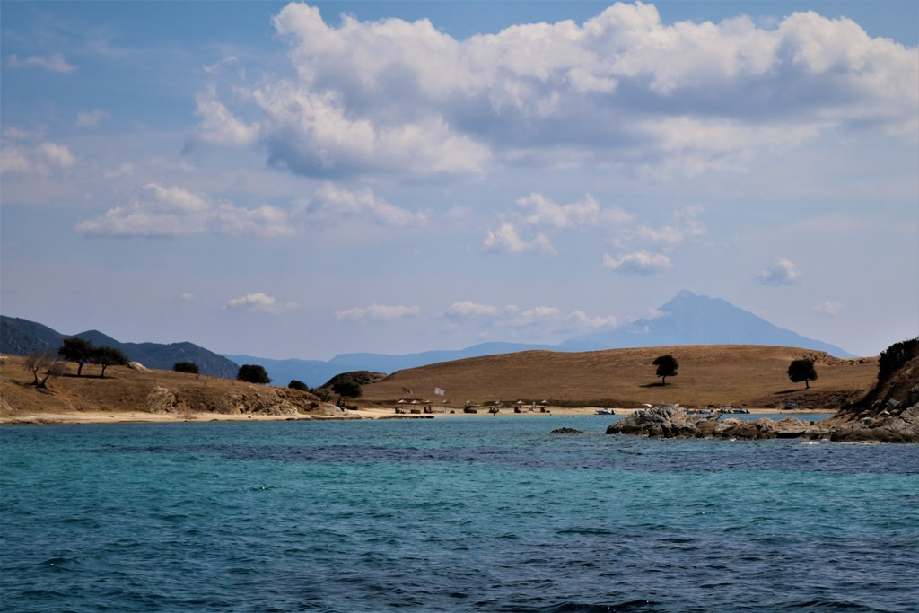 Insula Drenia - Insula magarilor - ammouliani.ro
