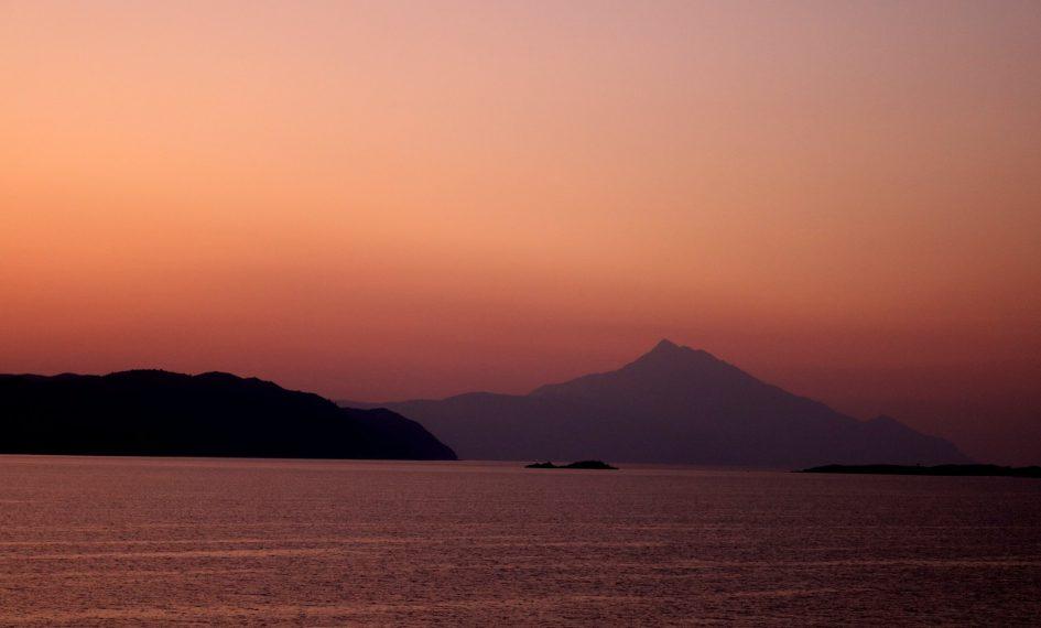 Sfantul Munte Athos - Scara intre oameni si ingeri