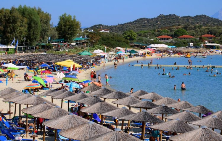 Beach Bar Savana din Ammouliani Ammouliani.ro