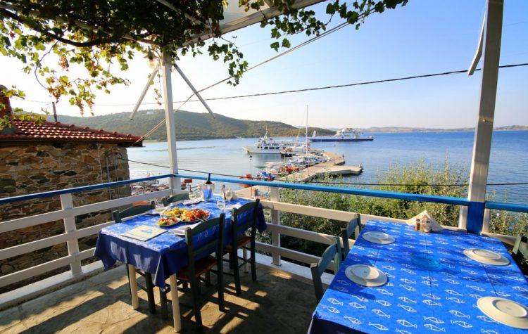 Taverna Anemotrata din Ammouliani - Ammouliani